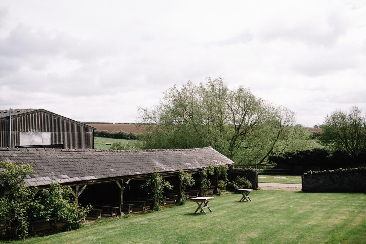 Hereford open-air barn wedding venues
