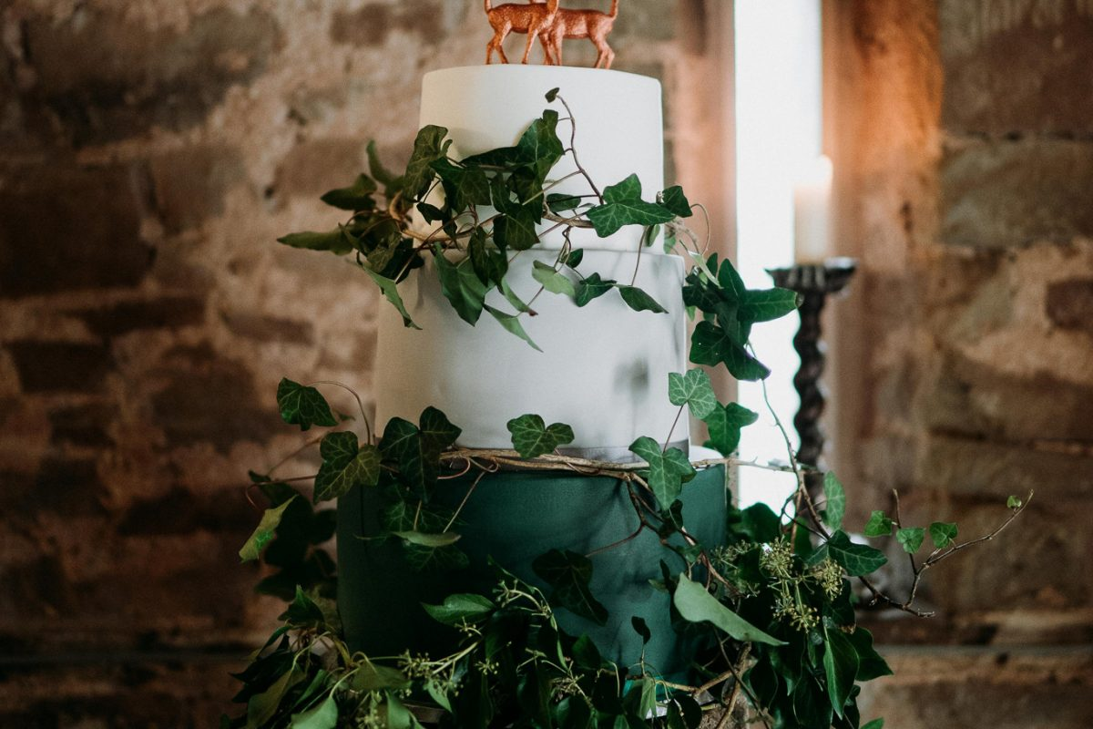 Hereford Barn Wedding Venue Ivy Cake